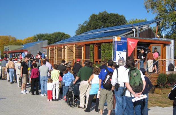 Line at LEAFHouse_David Hicks Solar Decathlon